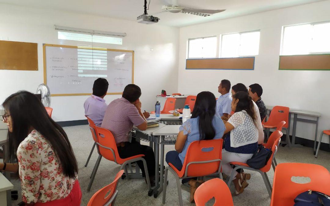 CONTINUAMOS CAPACITANDO AL EQUIPO DE LA RED INNOVA SCHOOLS